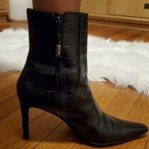Used Ralph Lauren black boots size 8